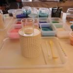 色つきの砂