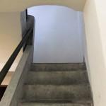 2階 村長室への階段